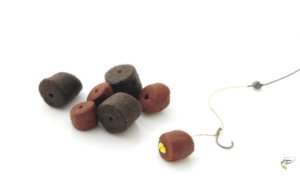 Carp Fishing with Pellets - Pellets on hair rig