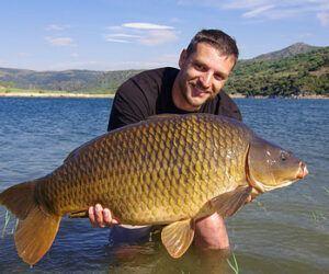What is Specimen Carp Fishing? – Full Guide